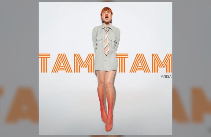 """L'inconfondibile voce di Arisa si farà sentire anche quest'estate con un pezzo che esula dal suo solito genere musicale. """"Tam Tam"""", infatti, il nuovo singolo in questione, in uscita il 14 Giugno, ha per Arisa un significato importante"""