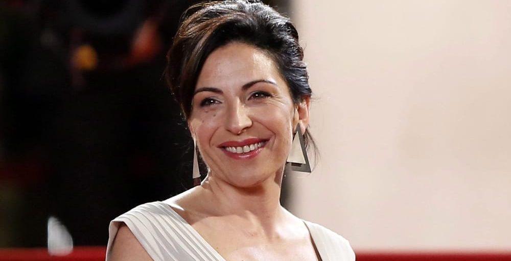 Dopo una lunga battaglia contro il cancro durata più di due anni, si è spenta all'età di 45 anni l'attrice e comica Loredana Simioli, sorella del più famoso Gianni e volto noto di Telegaribaldi
